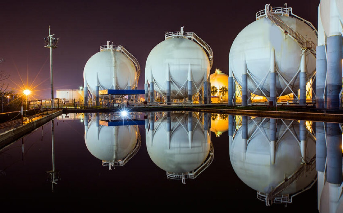 US contracts for natural gas hit a 12-year high, amid a jump in global prices