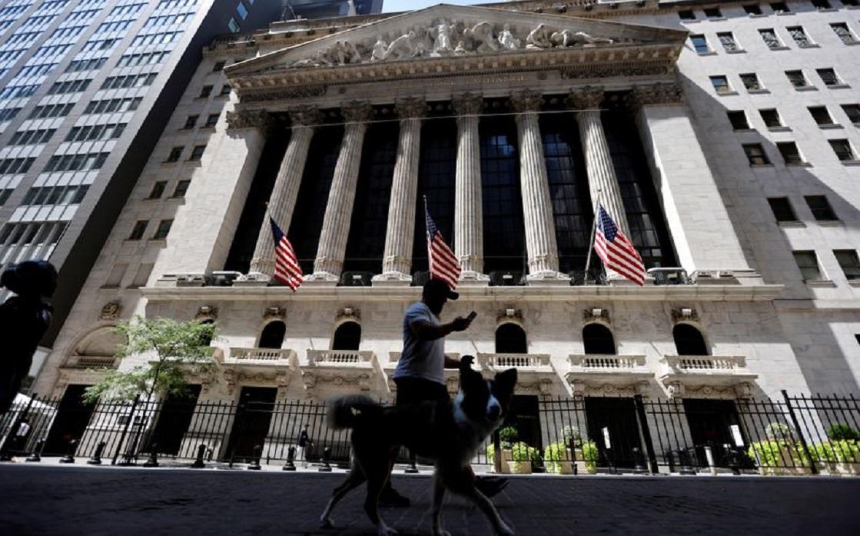 الأسهم الأمريكية تفتح مرتفعة بفعل انتعاش قطاع التكنولوجيا