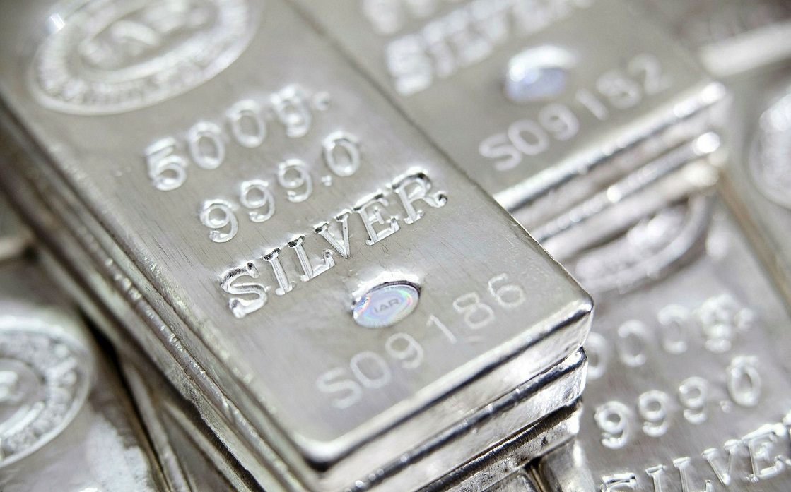 Silver is rising to a peak of 8 years as the buying spree from retail investors continues