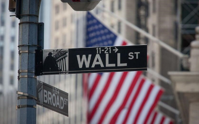 إغلاق قياسي مرتفع للمؤشرين S&P500 وNasdaq قبيل موجة تقارير لأرباح شركات التكنولوجيا