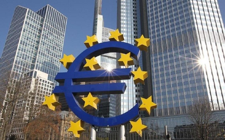 تراجع معنويات المستثمرين في منطقة اليورو إلى قاع ستة أشهر