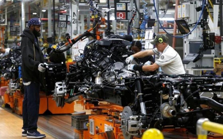 طلبات إعانة البطالة الأسبوعية الأميركية تتراجع لكن تسريح العاملين زاد في سبتمبر