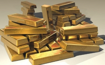gold-drops-1-as-the-dollar-s-rise-accelerates-2021-01-15
