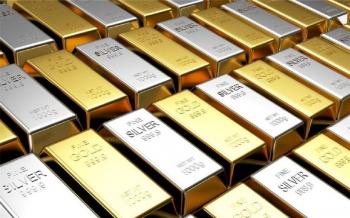الذهب-والفضة-يتراجعان-في-ظل-ارتفاع-عوائد-الخزانة-الأميركية-2021-02-26