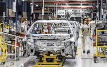 تسارع-الإنتاج-الصناعي-الأمريكي-في-مايو-بدعم-من-قطاع-السيارات-2021-06-15