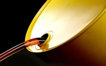 أسعار-النفط-تهبط-بأكثر-من-1-والمخزونات-الأميركية-تؤجج-مخاوف-من-تخمة-الإمدادات-2020-10-21