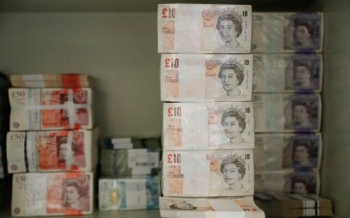 sterling-jumps-after-comments-from-bank-of-england-governor-2021-01-12