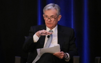 powell-says-the-us-fed-is-still-far-from-changing-policy-and-expects-low-inflation-2021-07-14