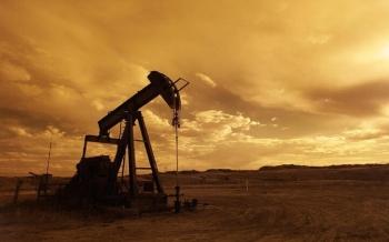 النفط-يتراجع-متخليا-عن-بعض-مكاسبه-التي-حققها-بفعل-تراجع-المخزونات-الأميركية-2021-09-16