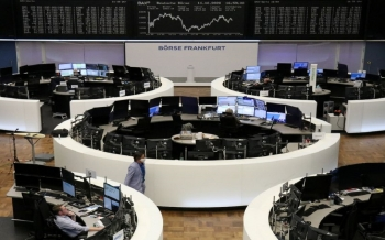 european-stocks-are-lowering-on-lockdown-fears-with-the-virus-infections-increasing-2020-10-15