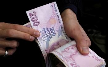 الليرة-التركية-تهوي-إلى-قاع-جديد-أمام-كل-من-الدولار-واليورو-2020-09-23