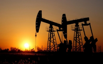 oil-prices-fall-as-summer-fuel-demand-weakens-in-the-us-2021-06-09