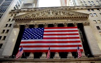 داو-جونز-يغلق-على-ارتفاع-بأكثر-من-200-نقطة-رغم-بيانات-التوظيف-الأميركية-2021-05-07