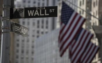 الأسهم الأميركية تفتح قرب ذرى قياسية بفضل تفاؤل اللقاح والتحفيز