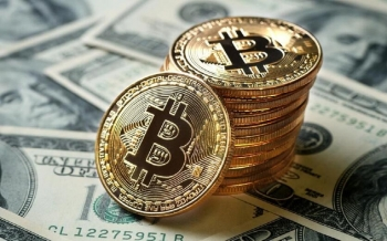 bitcoin-crosses-the-63-000-mark-for-the-first-time-in-its-history-2021-04-13
