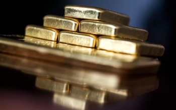 gold-drops-as-dollar-losses-shrink-and-investor-eyes-on-georgia-2021-01-06