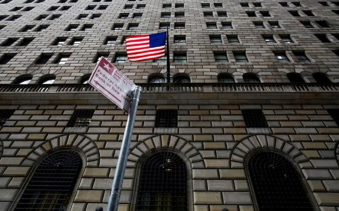 US stocks expected to drop 40%